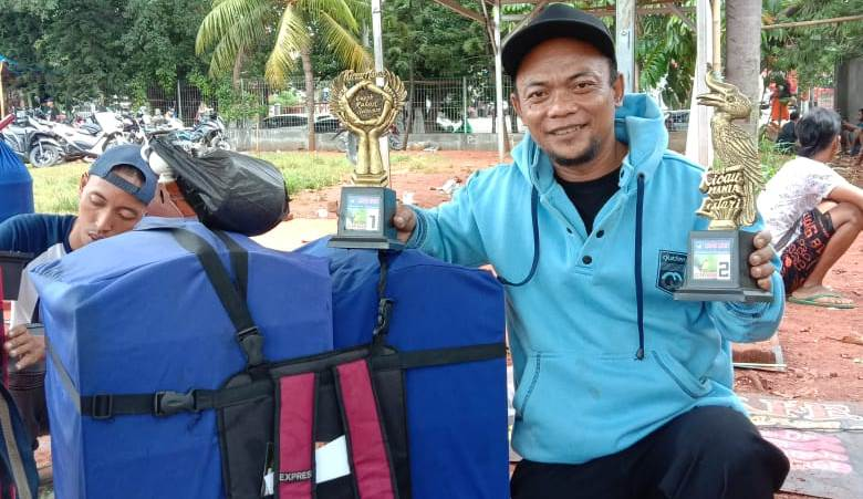 Ray Satria Tokoh Cipow Mania Indonesia